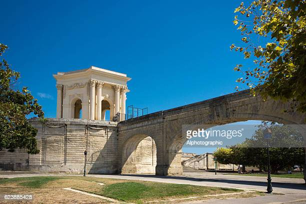 garden of peyrou and roman aquaduct - montpellier stock pictures, royalty-free photos & images