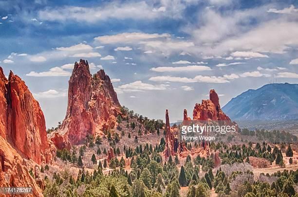 garden of the gods in colorado springs - garden of the gods stock photos and pictures