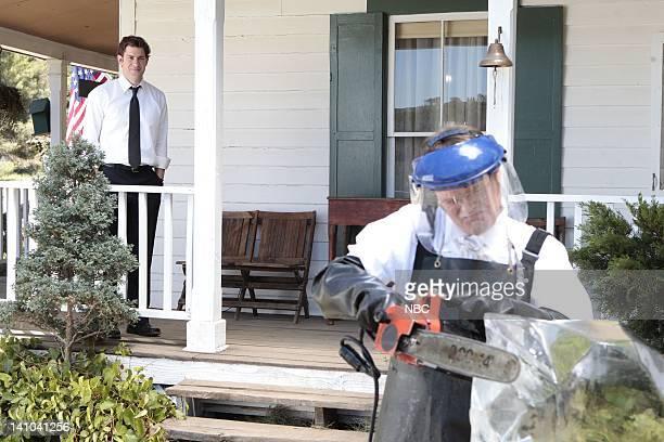 THE OFFICE Garden Party Episode 804 Pictured John Krasinski as Jim Halpert Rainn Wilson as Dwight Schrute Photo by Chris Haston/NBC/NBCU Photo Bank