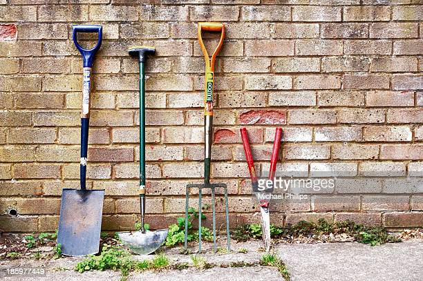 garden tools - gardening equipment stock pictures, royalty-free photos & images