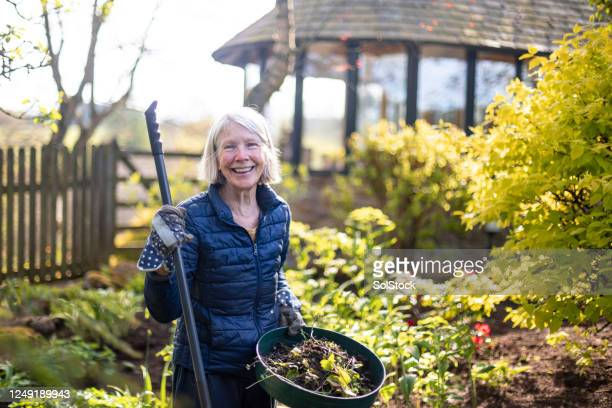 gardening with a smile - horticulture stock pictures, royalty-free photos & images