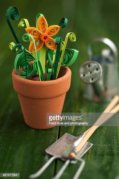 Gardening with quilled daffodil