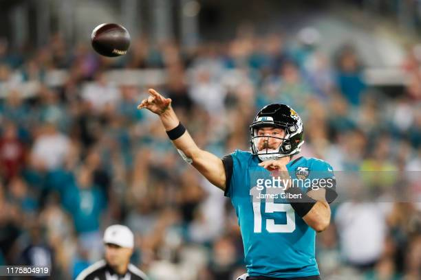 Gardner Minshew of the Jacksonville Jaguars throws a touchdown pass during the first quarter against the Tennessee Titans at TIAA Bank Field on...