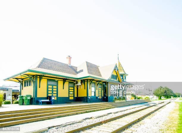 gare de acton vale - plan rapproché stock pictures, royalty-free photos & images
