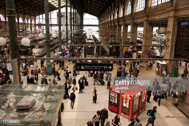 gare du nord station - gare du nord stock pictures, royalty-free photos & images