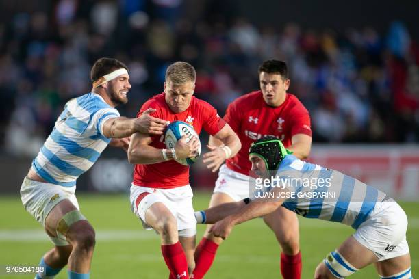 Gareth Anscombe from Wales breaks with the ball during the International Test Match between Argentina and Wales at the Brigadier Estanislao Lopez...