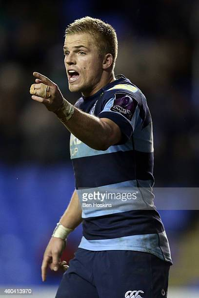 Gareth Anscombe of Cardiff in action during the European Rugby Challenge Cup match between London Irish and Cardiff Blues at Madejski Stadium on...