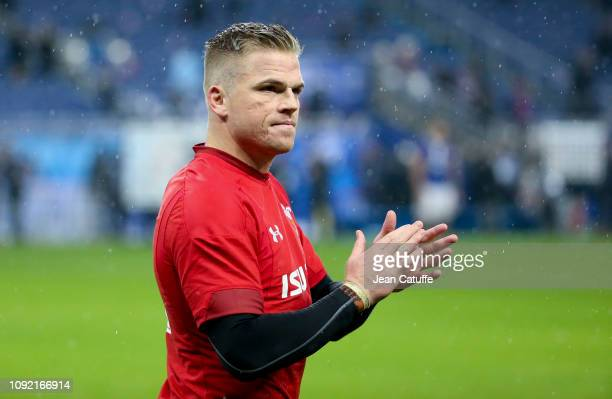 Gareth Anscombe of Wales celebrates the victory following the Guinness 6 Nations rugby match between France and Wales at Stade de France on February...