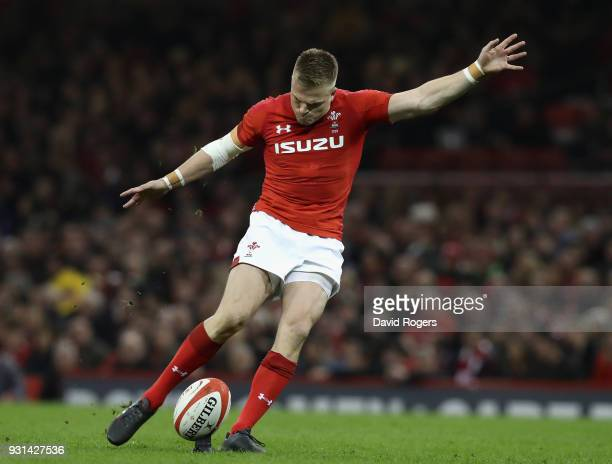Gareth Anscombe of Wales kicks a penalty during the NatWest Six Nations match between Wales and Italy at the Principality Stadium on March 11 2018 in...