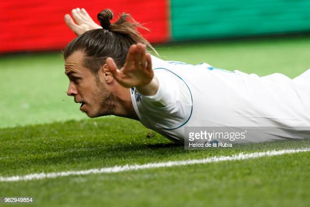 Gareth Bale of Madrid celebrates after scoring during the UEFA Champions League Final match between Real Madrid and Liverpool at the Olympic Stadium...