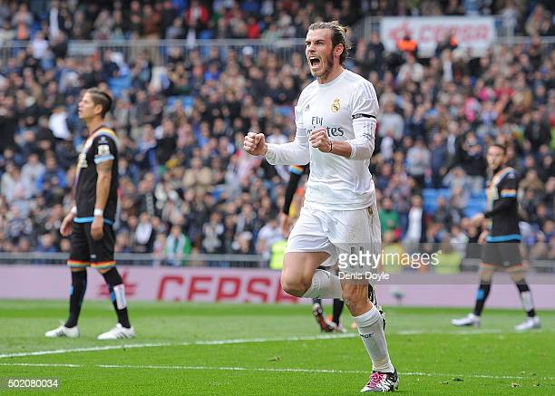 Gareth Bale of Real Madrid celebrates after scoring his team's 2nd goal during the La Liga match between Real Madrid and Rayo Vallecano at estadio...