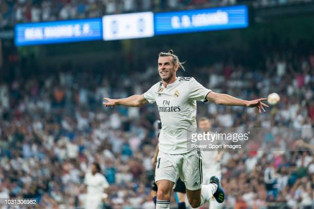 Gareth Bale of Real Madrid celebrates scoring the first goal for his team during the La Liga match between Real Madrid CF and CD Leganes at Estadio...