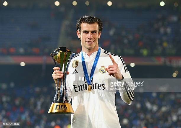 Gareth Bale of Real Madrid celebrates with the trophy after the FIFA Club World Cup Final between Real Madrid and San Lorenzo at Marrakech Stadium on...