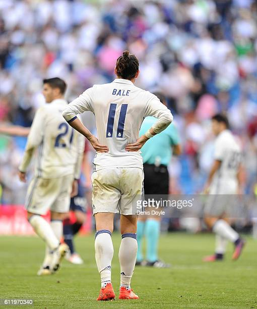 Gareth Bale of Real Madrid CF reacts after his team drew 11 in the La Liga Match between Real Madrid CF and SD Eibar at estadio Santiago Bernabeu on...