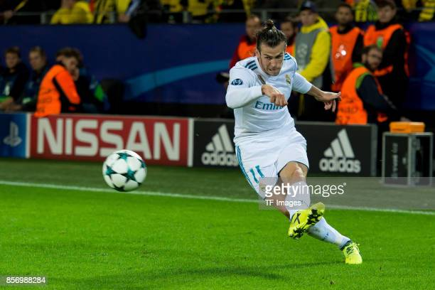 Gareth Bale of Real Madrid controls the ball during the UEFA Champions League group H match between Borussia Dortmund and Real Madrid at Signal Iduna...