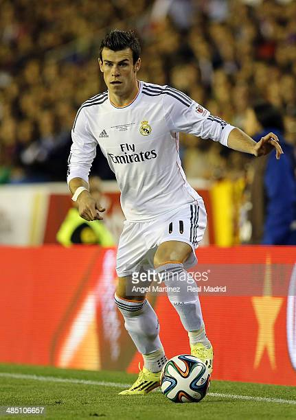 Gareth Bale of Real Madrid in action during the Copa del Rey Final between Real Madrid and Barcelona at Estadio Mestalla on April 16 2014 in Valencia...