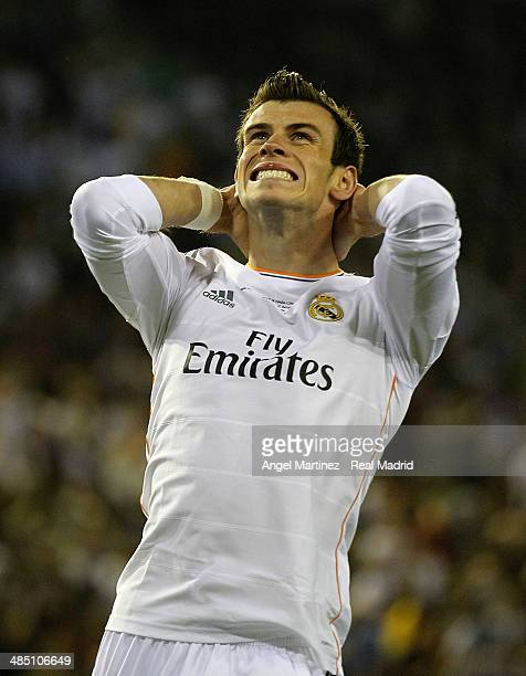Gareth Bale of Real Madrid reacts during the Copa del Rey Final between Real Madrid and Barcelona at Estadio Mestalla on April 16 2014 in Valencia...