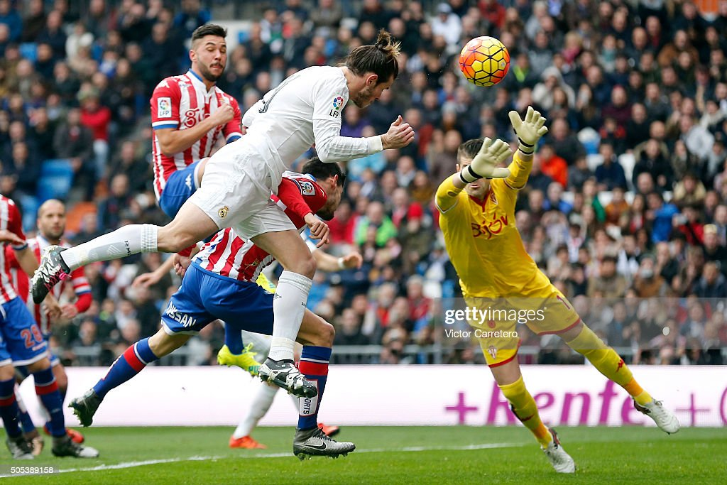 Gareth Bale of Real Madrid scores the opening goal during the La Liga match between Real Madrid CF and Sporting de Gijon at Estadio Santiago Bernabeu on January 17, 2016 in Madrid, Spain.