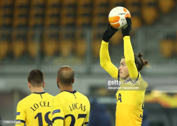 Gareth Bale of Tottenham Hotspur celebrates after scoring their team's first goal during the UEFA Europa League Group J stage match between LASK and...