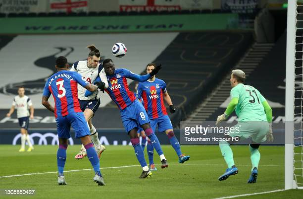 Gareth Bale of Tottenham Hotspur scores their side's second goal past Vicente Guaita of Crystal Palace during the Premier League match between...