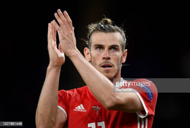 Gareth Bale of Wales applauds fans as he is substituted off during the UEFA Nations League B group four match between Wales and Republic of Ireland...