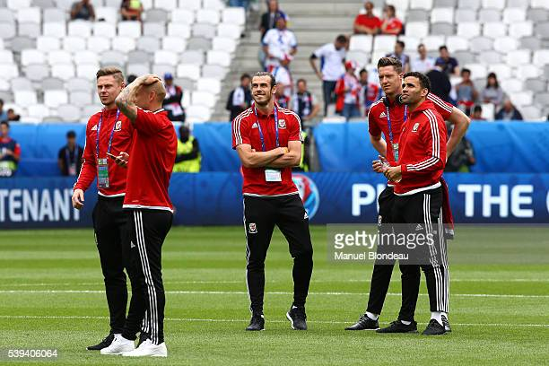 Gareth Bale of Wales is pictured on the pitch with is teammates prior to the match during GroupB preliminary round between Wales and Slovakia at...