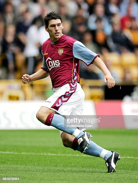 Gareth Barry of Aston Villa in action during the preseason friendly match between Wolverhampton Wanderers and Aston Villa at Molineux July 30 2005 in...