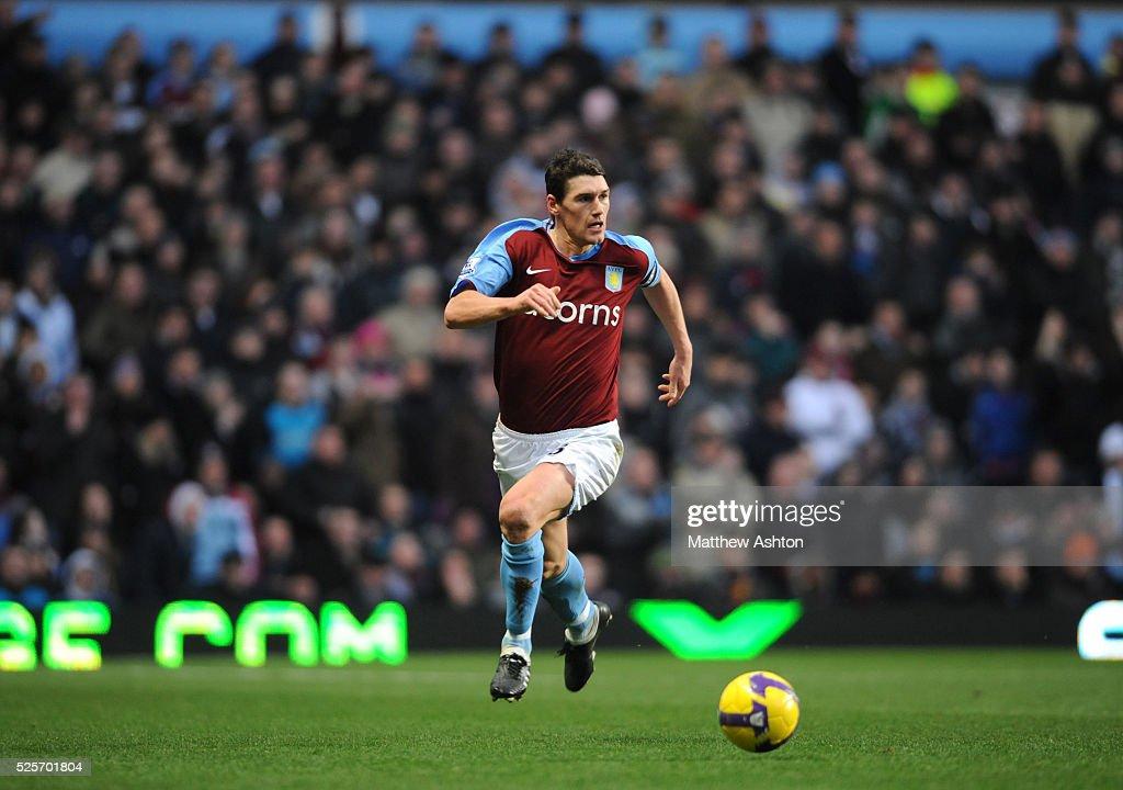 Soccer - Premier League - Aston Villa vs. Wigan Athletic : News Photo