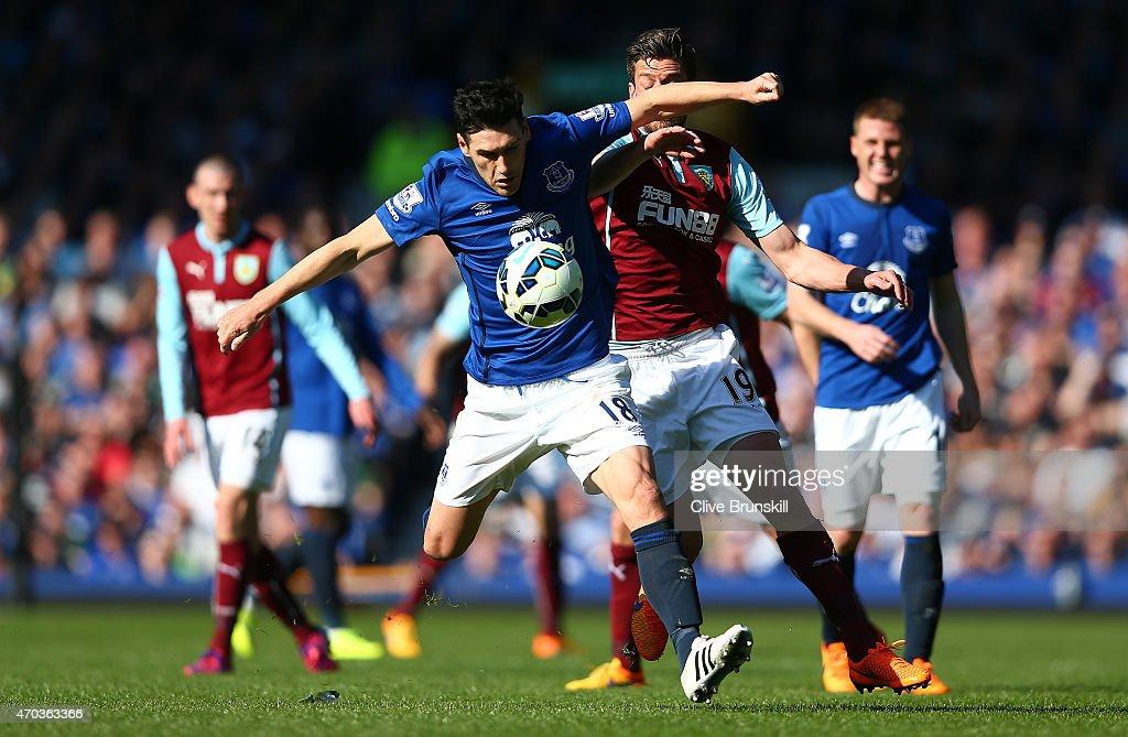 Everton v Burnley - Premier League : News Photo
