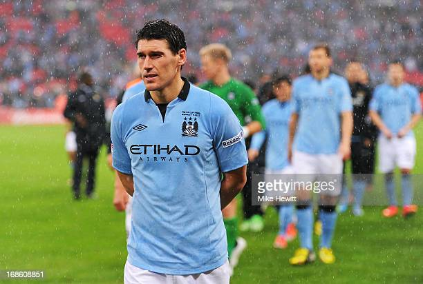 Gareth Barry of Manchester City looks dejected in defeat after the FA Cup with Budweiser Final between Manchester City and Wigan Athletic at Wembley...