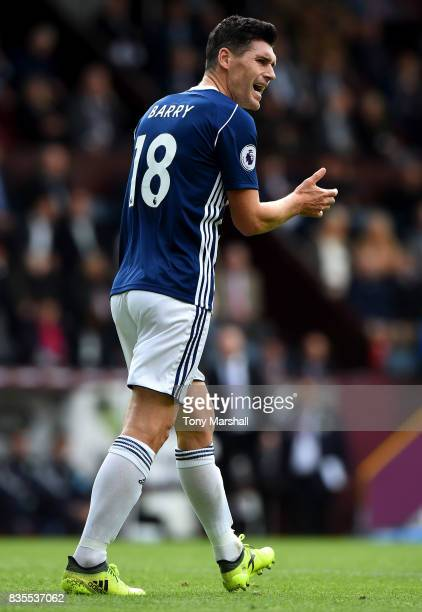 Gareth Barry of West Bromwich Albion encourages his team mates during the Premier League match between Burnley and West Bromwich Albion at Turf Moor...
