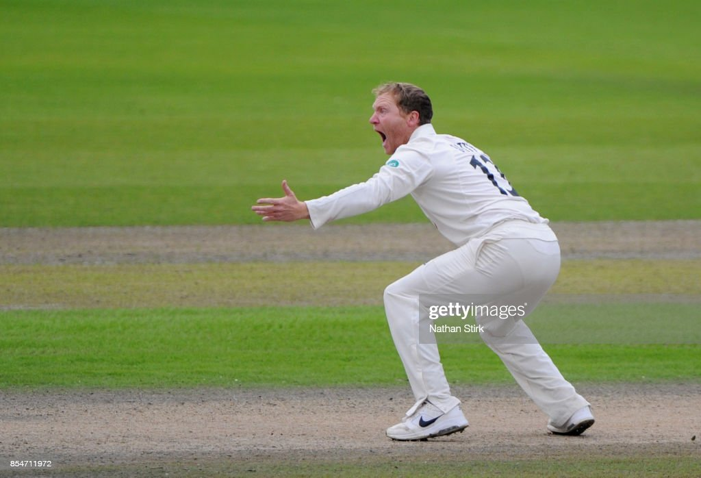 Gareth Batty of Surrey appeals during the County Championship Division One match between Lancashire and Surrey at Old Trafford on September 27, 2017 in Manchester, England.