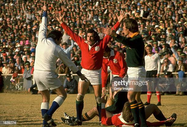 Gareth Edwards of the British Lions celebrates a lions try during the Rugby Lions tour of South Africa South Africa Mandatory Credit Allsport UK...