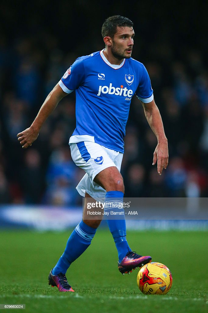 Grimsby Town v Portsmouth - Sky Bet League Two : ニュース写真