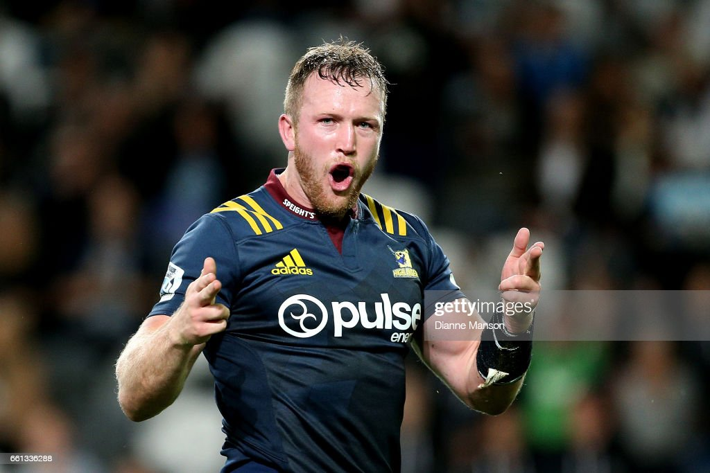 Gareth Evans of the Highlanders celebrates his try during the round six Super Rugby match between the Highlanders and the Rebels at Forsyth Barr Stadium on March 31, 2017 in Dunedin, New Zealand.