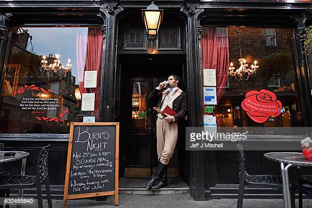 Gareth Morrison dressed a Robert Burns has a pint in a pub to promote the Red Red Rose festival on January 23 207 in EdinburghScotland Red Red Rose...
