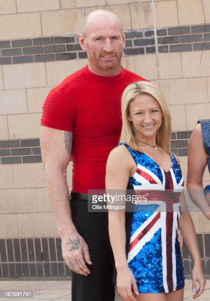 Gareth Thomas and Jenna Smith attend a photocall for Celebritiess on Ice hours before the first show on the opening weekend was called off due to the...