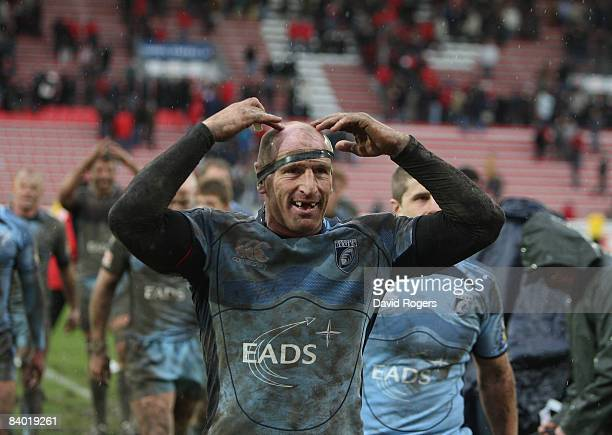 Gareth Thomas of Cardiff celebrates at the final whistle after their victory during the Heineken Cup match between Biarritz Olympique and Cardiff...