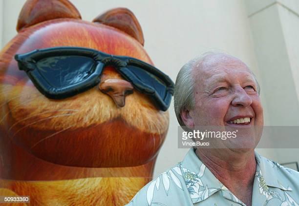 Garfield creator Jim Davis attends the premiere of the the film Garfield The Movie on June 6 2004 at the Twentieth Century Fox studio lot in Los...