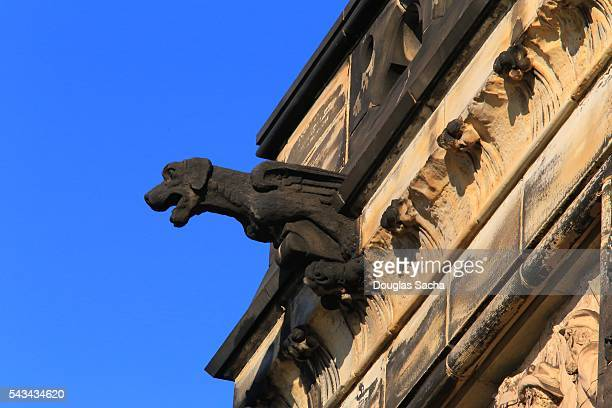 gargoyle on the side of a building, garfield memorial, cleveland, ohio, usa - csa archive stock pictures, royalty-free photos & images