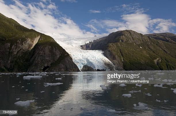 garibaldi glacier, darwin national park, tierra del fuego, patagonia, chile, south america - garibaldi park stock pictures, royalty-free photos & images