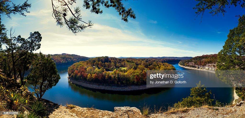 Garland Bend on Lake Cumberland : Foto de stock