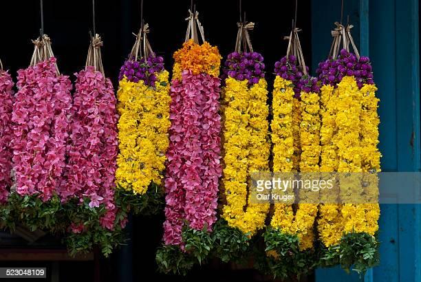 Garlands of flowers, flower market, Tiruvanathapuram, Trivandrum, Kerala, South India, India, Asia