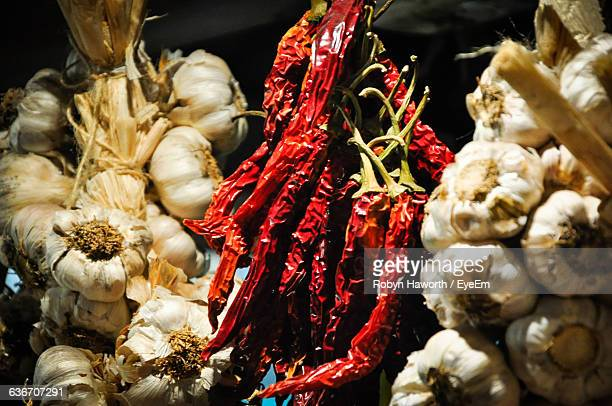 garlic and red chili pepper at market for sale - adelaide market stock pictures, royalty-free photos & images