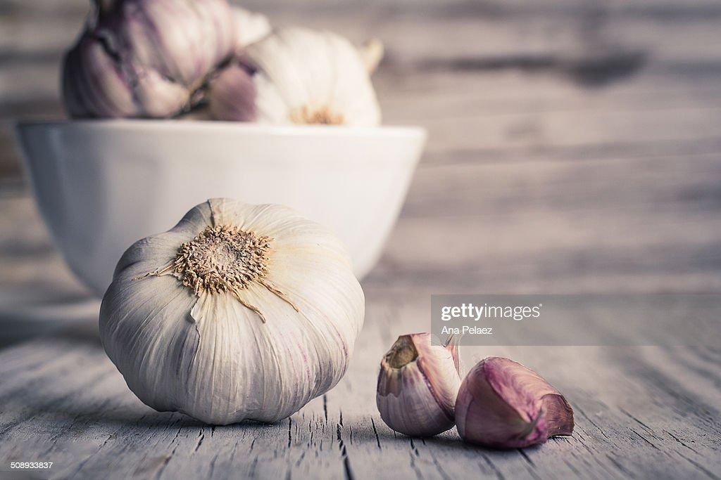 Garlic bulbs and cloves : Stock Photo