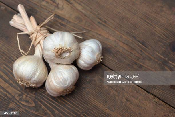 garlic - garlic stock pictures, royalty-free photos & images