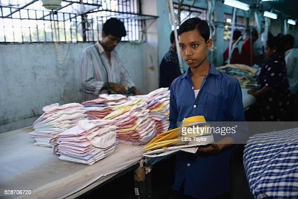garment factory - top garment stock-fotos und bilder
