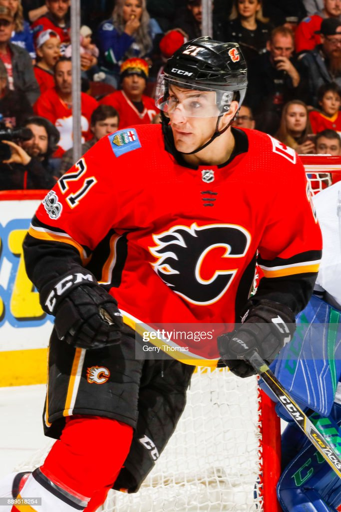 Garnet Hathaway #21 of the Calgary Flames in a NHL game against the Vancouver Canucks at the Scotiabank Saddledome on December 09, 2017 in Calgary, Alberta, Canada.