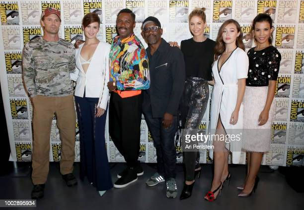 Garret Dillahunt Maggie Grace Colman Domingo Lennie James Jenna Elfman Alycia DebnamCarey and Danay Garcia attend the 'Fear the Walking Dead' panel...