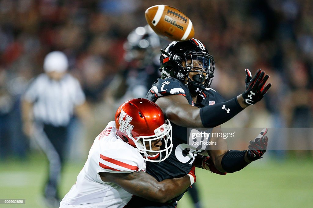 Garrett Davis #1 of the Houston Cougars breaks up a pass intended for DJ Dowdy #81 of the Cincinnati Bearcats in the first half at Nippert Stadium on September 15, 2016 in Cincinnati, Ohio.